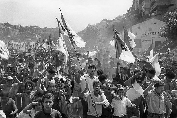 Marc Riboud Algiers, July 2nd, 1962 independance