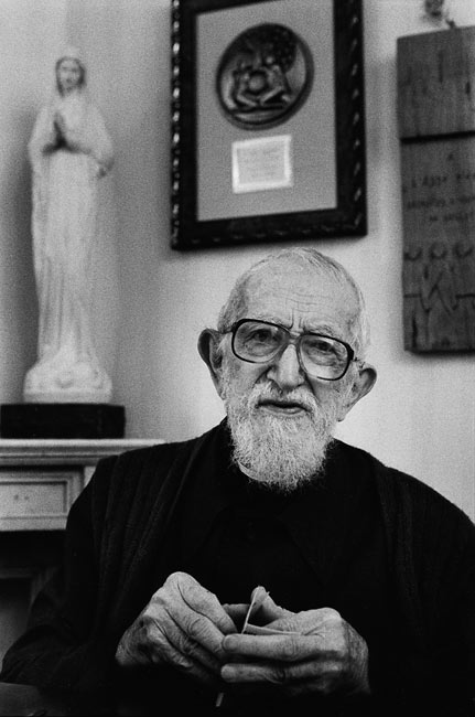 Abbé Pierre, Paris, 2001