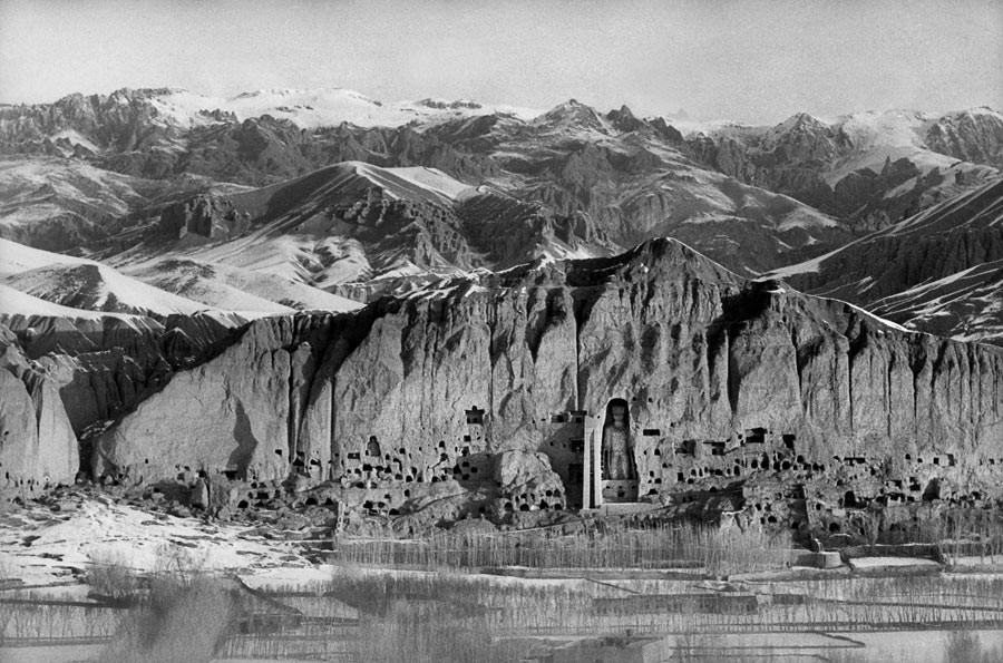 View of the sculpted Buddhas in Bamyan cliff, Afghanistan, 1955