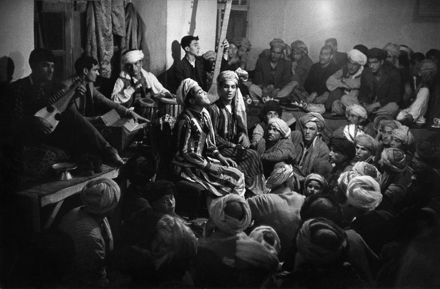 Halte sur la route, Afghanistan, 1955