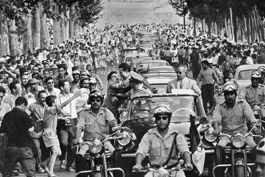 Ahmed Ben Bella à son retour en Algérie. Tlemcen, 1962