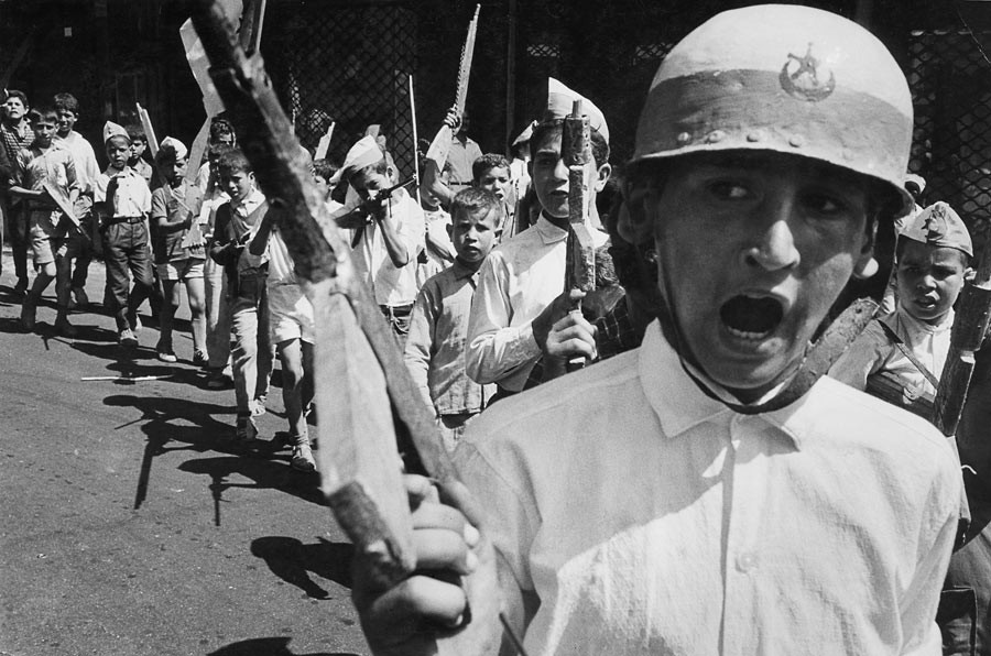 Children of Bab-el-Oued neighborhood celebrate the independence with fake weapons made of wood, Algiers, July 2nd 1962