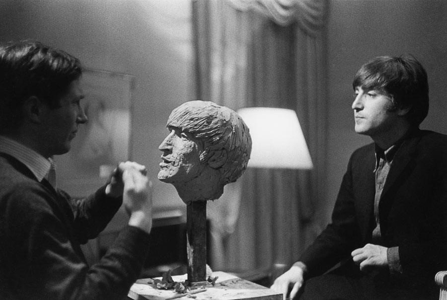 John Lennon, Paris, 1964