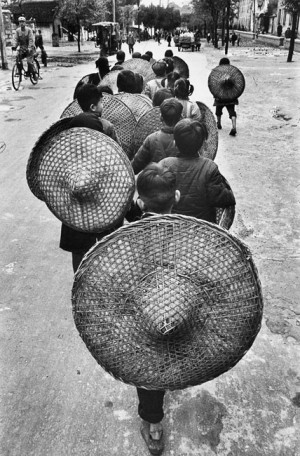 Children going to school in Guangxi province, 1965