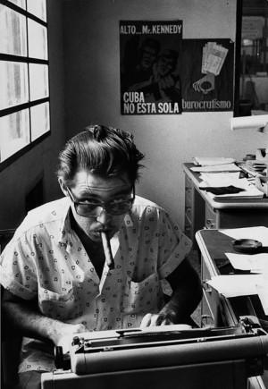 Dans le bureau d'une usine de métallurgie, 1963