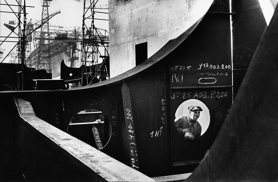 "Construction site of the liner ""France"", Saint-Nazaire, 1959"