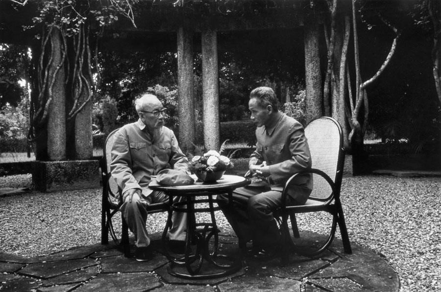 Ho Chi Min et Pham Van Dong, Vietnam, 1969