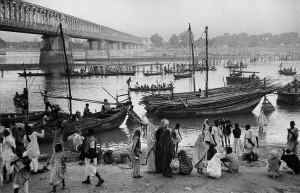 Sur les rives du Gange, Bihar, 1956