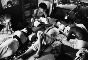 Salon de tatouages à Tokyo, 1958