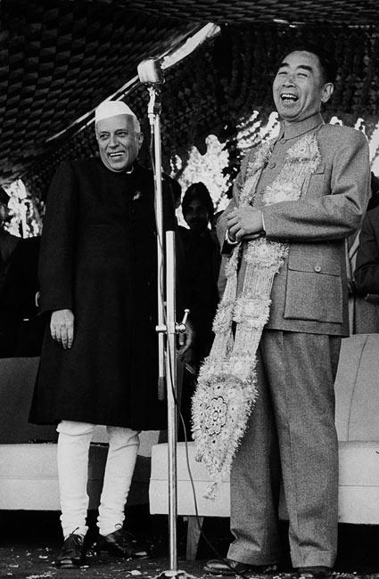 Jawaharlal Nehru et Zhou Enlai, Inde, 1956