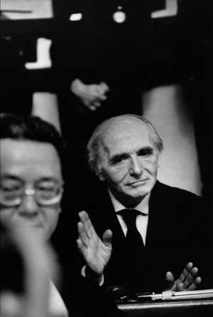 Klaus Barbie during his trial in Lyon, 1987 (on the foreground his lawyer Jacques Vergès)