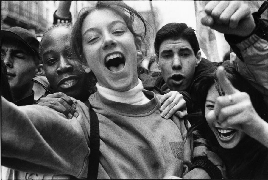 Highschool students demonstration, 1998