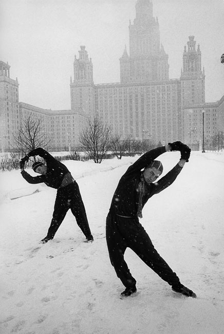 Soviet Union, 1960. Sergei and one of his comrades practice in front of the University of Moscow.