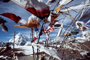 "Himalaya pass with ""wind horses"" (payer flags) and electric post, before Shigatsé, 1985"