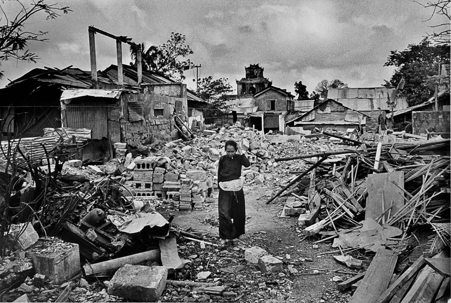 Hué after the long battle which destroyed a great part of the city, April 1968