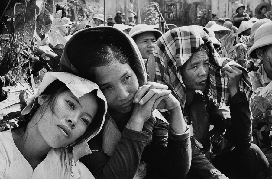 Gathering of the population to hear the reading of Ho Chi Minh's legacy, North Vietnam, 1969